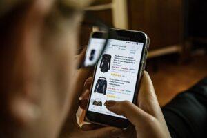 Saiba como estruturar suas vendas pela internet