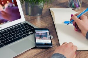 Saiba tudo que um assistente virtual pode fazer pelo seu negócio
